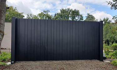 Aluminium schuifpoort op rail in stijl Lamels - Bolderberg